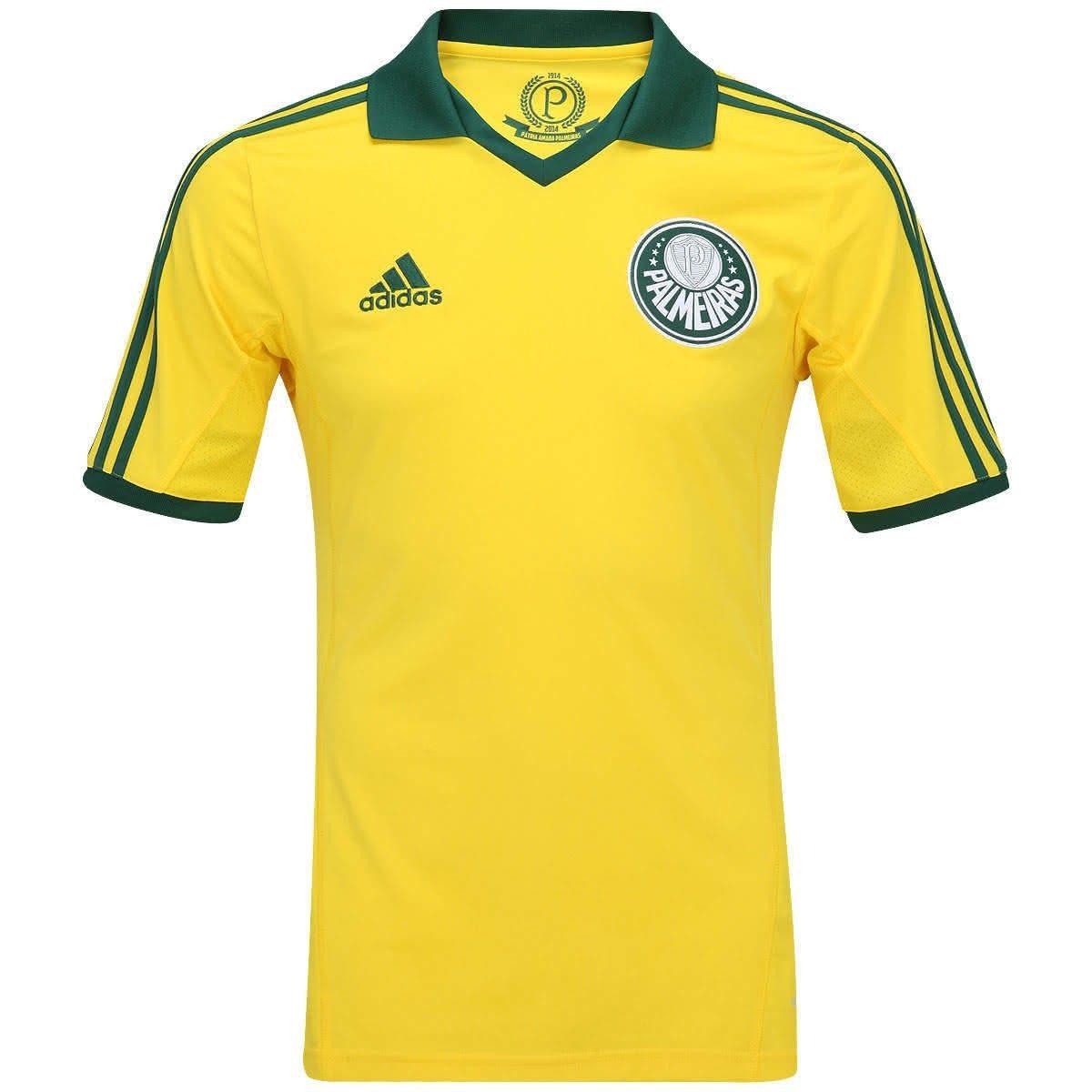 bbaa06cc3d Com a sua camisa do Palmeiras do Centenário