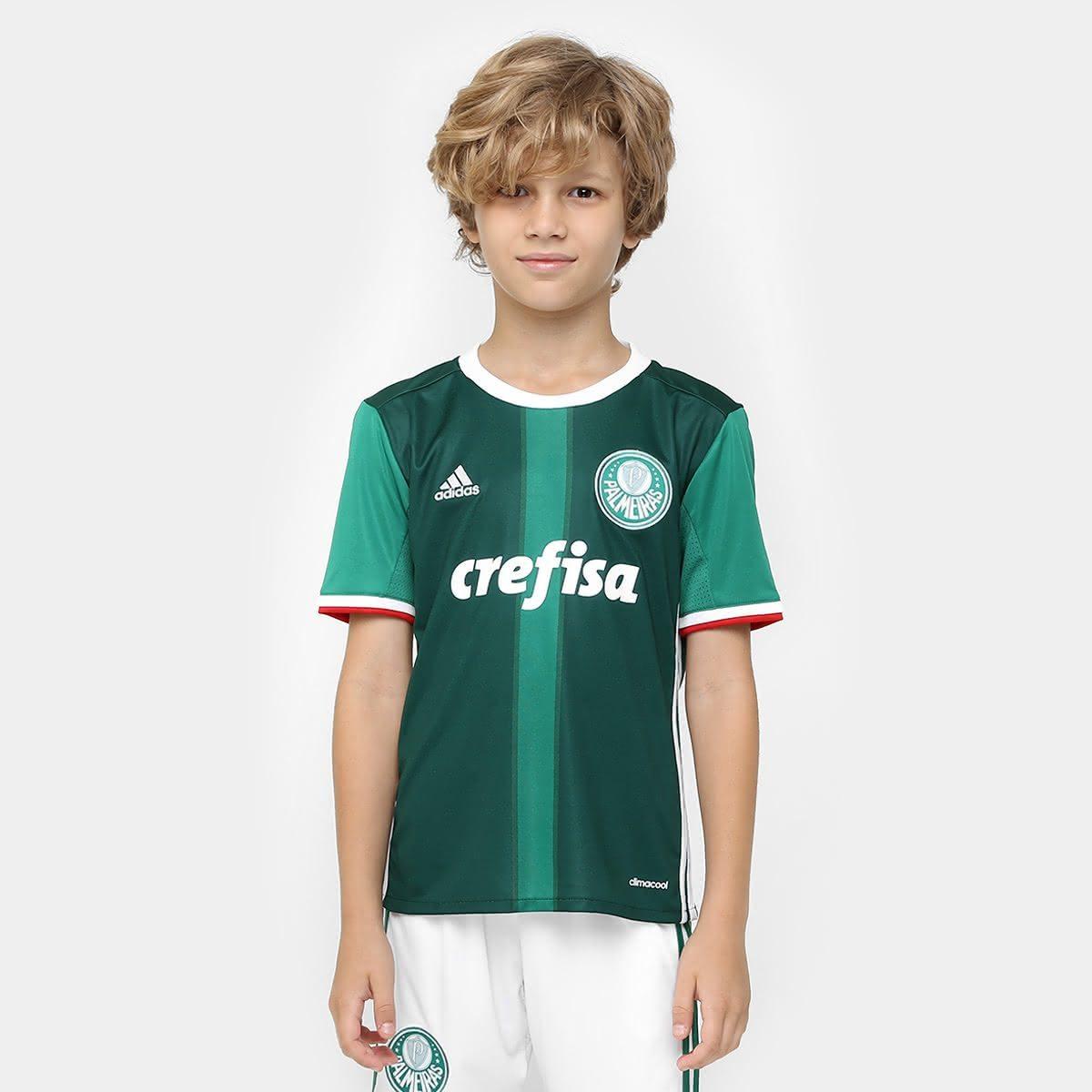c43f8da52be79 O seu pequeno palmeirense não pode ficar sem essa nova Camisa Palmeiras  Infantil. Você vai ver como esse modelo vai surpreender a criança e o  quanto ela vai ...